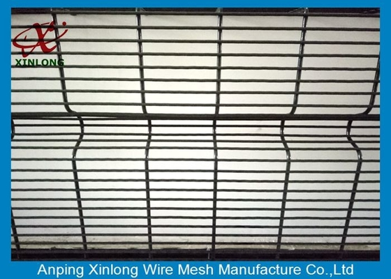 Anti Ultraviolet Wire Mesh Security Fencing Convenient Installation 12.7*76.2mm